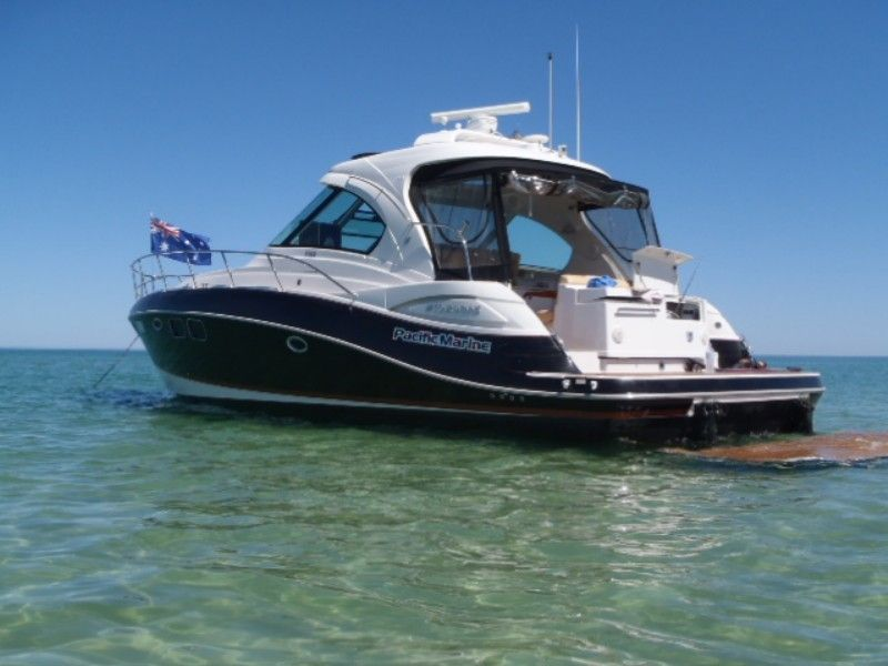 Four Winns V458 - Pacific Marine